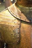 Περίπλοκα χαρασμένο χρυσό τεθωρακισμένο Στοκ Εικόνες