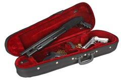 Περίστροφα με τις κασέτες σε περίπτωση βιολιών Στοκ εικόνα με δικαίωμα ελεύθερης χρήσης
