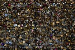 περίφραξη κλειδωμάτων γε&p στοκ εικόνες