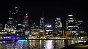 Περθ τη νύχτα, δυτική Αυστραλία απόθεμα βίντεο