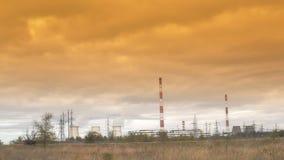 Περιβαλλοντική ρύπανση του σωλήνα εγκαταστάσεων απόθεμα βίντεο