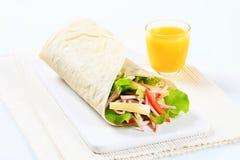 Περικάλυμμα σαλάτας ζαμπόν και τυριών Στοκ Εικόνες