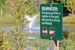 Περιορισμοί σημαδιών πάρκων στοκ εικόνες με δικαίωμα ελεύθερης χρήσης