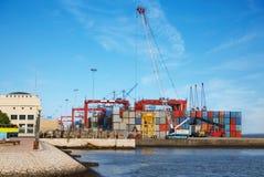 Περιοχή εμπορευματοκιβωτίων αποθήκευσης Στοκ εικόνες με δικαίωμα ελεύθερης χρήσης