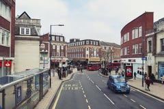 Περιοχή επιχειρήσεων και αγορών στην οδό Ίντεν, Κίνγκστον επάνω στον Τάμεση στο μεγαλύτερο Λονδίνο, Αγγλία στοκ φωτογραφία