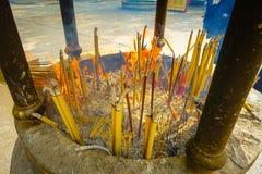 Περιοχή θυμιάματος στην καρφίτσα Ngong, νησί Lantau για τους επισκέπτες που προσεύχονται Po Lin στο μοναστήρι, νησί Lantau στο Χο Στοκ Εικόνες