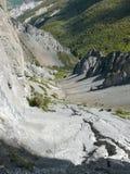 Περιοχή καθιζήσεων εδάφους, διαβρωμένοι βράχοι - τρόπος στο στρατόπεδο βάσεων Tilicho, Νεπάλ Στοκ Φωτογραφίες