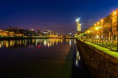 Περιοχή λιμενικού Puerto Madero άποψης νύχτας στο Μπουένος Άιρες Argent Στοκ εικόνα με δικαίωμα ελεύθερης χρήσης