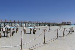 Περιοχή συνεδρίασης στα ρηχά νερά στο νησί παραδείσου, Αίγυπτος στοκ εικόνα με δικαίωμα ελεύθερης χρήσης