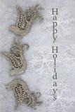 Περιστέρια και Snowflakes Χριστουγέννων που χαιρετούν το υπόβαθρο Στοκ Εικόνες