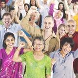 Περιστασιακή έννοια ομάδας κοινωνίας ποικιλομορφίας ανθρώπων στοκ εικόνα