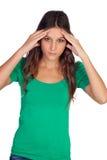 Περιστασιακό κορίτσι με τον πονοκέφαλο Στοκ φωτογραφία με δικαίωμα ελεύθερης χρήσης