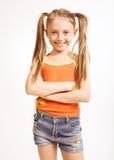 περιστασιακό κορίτσι φορεμάτων λίγα Στοκ Φωτογραφίες