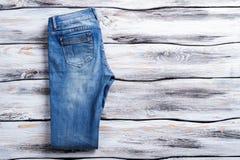 Περιστασιακό τζιν παντελόνι Στοκ Εικόνα