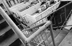 Περιστρεφόμενα σκαλοπάτια σκουριάς Στοκ φωτογραφία με δικαίωμα ελεύθερης χρήσης