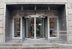 Περιστρεφόμενη πόρτα στοκ εικόνα με δικαίωμα ελεύθερης χρήσης