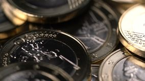 Περιστρεφόμενο υπόβαθρο των ευρο- νομισμάτων ένα απόθεμα βίντεο