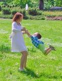 Περιστροφή μητέρων και γιων στοκ εικόνες