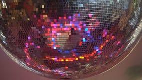 Περιστροφή σφαιρών disko καθρεφτών απόθεμα βίντεο