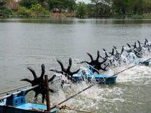 Περιστροφή υδραυλικών στροβίλων στοκ φωτογραφία με δικαίωμα ελεύθερης χρήσης
