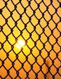 περιφράξτε το καλώδιο ήλιων ανόδου Στοκ φωτογραφία με δικαίωμα ελεύθερης χρήσης