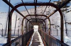Περιφραγμένη γέφυρα σιδήρου! Στοκ εικόνα με δικαίωμα ελεύθερης χρήσης