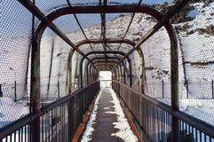 Περιφραγμένη γέφυρα σιδήρου! Στοκ φωτογραφία με δικαίωμα ελεύθερης χρήσης