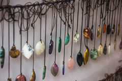 Περιδέραια χαντρών στην αγορά σε Arambol, ο Βορράς Goa, Ινδία Στοκ εικόνα με δικαίωμα ελεύθερης χρήσης
