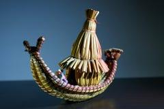 Περουβιανές τέχνες με μορφή μιας χαρακτηριστικής βάρκας totora από τη λίμνη Titicaca στοκ φωτογραφία με δικαίωμα ελεύθερης χρήσης