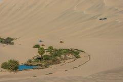 Περουβιανή ακτή αμμόλοφων τουριστών buggies Ica Περού Στοκ φωτογραφίες με δικαίωμα ελεύθερης χρήσης