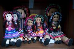 Περουβιανή πώληση κουκλών στο κατάστημα αναμνηστικών Cusco, Περού r στοκ φωτογραφία με δικαίωμα ελεύθερης χρήσης