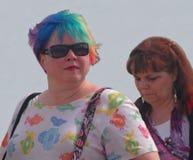 Περούκα ουράνιων τόξων για Jazzfest Στοκ φωτογραφία με δικαίωμα ελεύθερης χρήσης