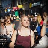 Περπάτημα ανθρώπων Στοκ φωτογραφία με δικαίωμα ελεύθερης χρήσης