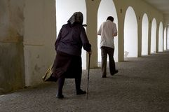 περπάτημα αψίδων Στοκ Φωτογραφία