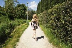 Περπάτημα βασίλισσας έλξης Στοκ Εικόνα
