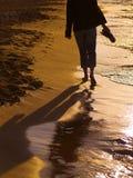 περπάτημα παραλιών στοκ φωτογραφία