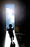 Περπάτημα προς το φωτεινό μέλλον Στοκ Φωτογραφίες