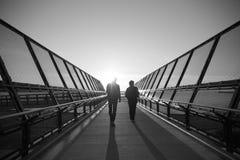 Περπάτημα στο φως Στοκ Εικόνες