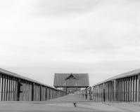Περπάτημα της αποβάθρας Στοκ φωτογραφία με δικαίωμα ελεύθερης χρήσης