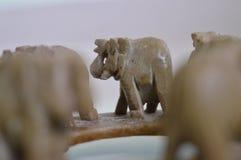 Περπατώντας παιχνίδι ελεφάντων Στοκ Φωτογραφίες