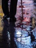 Περπατώντας στη νύχτα, χρονικό τετράγωνο της Νέας Υόρκης Στοκ Εικόνες