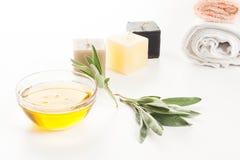 Πετρέλαιο και κεριά Aromatherapy Στοκ φωτογραφίες με δικαίωμα ελεύθερης χρήσης