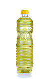 Πετρέλαιο φασολιών σόγιας στο πλαστικό μπουκάλι στο άσπρο υπόβαθρο Στοκ εικόνες με δικαίωμα ελεύθερης χρήσης