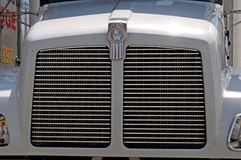 Πετρελαιοκίνητο φορτηγό Kenwortth Στοκ εικόνα με δικαίωμα ελεύθερης χρήσης