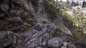 Πετρώδης κλίση του βουνού απόθεμα βίντεο