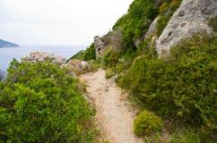 Πετρώδης πορεία στο νησί της Κέρκυρας, Ελλάδα Στοκ φωτογραφίες με δικαίωμα ελεύθερης χρήσης