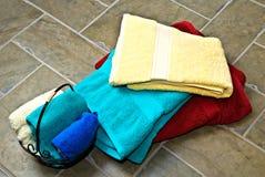 πετσέτες κεραμιδιών στοιβών πατωμάτων Στοκ Εικόνες
