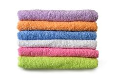 Πετσέτες λουτρών στο άσπρο υπόβαθρο Στοκ εικόνα με δικαίωμα ελεύθερης χρήσης