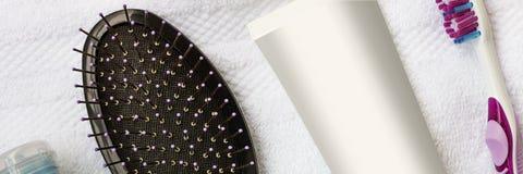πετσέτες πετρών χαβιαριών σωμάτων λουτρών εξαρτημάτων gem milk soap spa Παραλία Έννοια: Προσοχή σώματος στοκ εικόνα με δικαίωμα ελεύθερης χρήσης