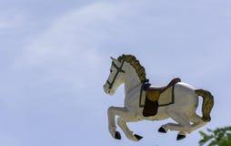 Πετώντας άλογο από το ιπποδρόμιο Στοκ Εικόνες